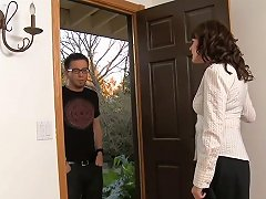 Dane Goes To Billy's Mom To Talk And She Can Help